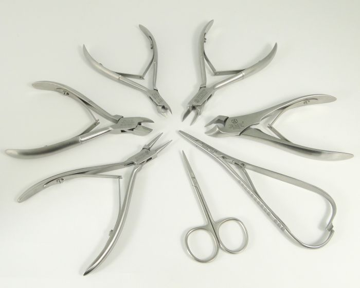 Na co tak naprawdę należy zwracać uwagę podczas zakupu cążek albo nożyczek? Czy cążki i nożyczki można ostrzyć? Oto jest pytanie, ale jest i odpowiedź.